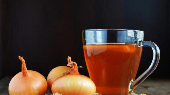 Čaj od crnog luka je spas: Ovaj narodni lek čisti bronhije, zaustavlja kašalj, sprečava grip i jača organizam